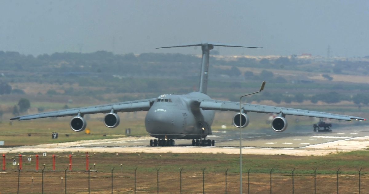 636043574072528051-EPA-FILE-TURKEY-USA-POWER-CUT-TO-INCIRLIK-AIR-BASE