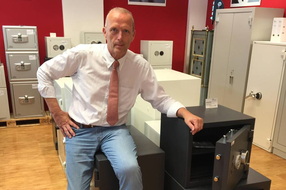 Thies Hartmann, managing director of the Stahltresor safe store in Hamburg, said safe manufacturers are operating near their limits. PHOTO: HAMBURGER STAHLTRESOR GMBH