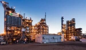 Facility to convert garbage into ethanol and methanol in Canada