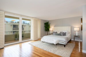 1300 Midvale Ave-1