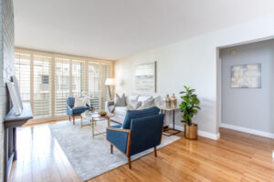 1300 Midvale Ave-8