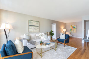 1300 Midvale Ave-9