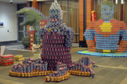 Canstruction 2018 - Ursula