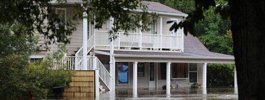 Photo credit: Jill Carlson (jillcarlson.org) from Roman Forest, Texas, USA (Hurricane Harvey Flooding and Damage)