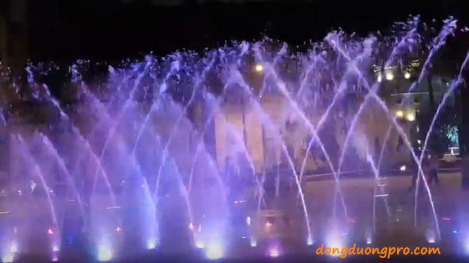 Sàn nhạc nước công viên Văn Lang