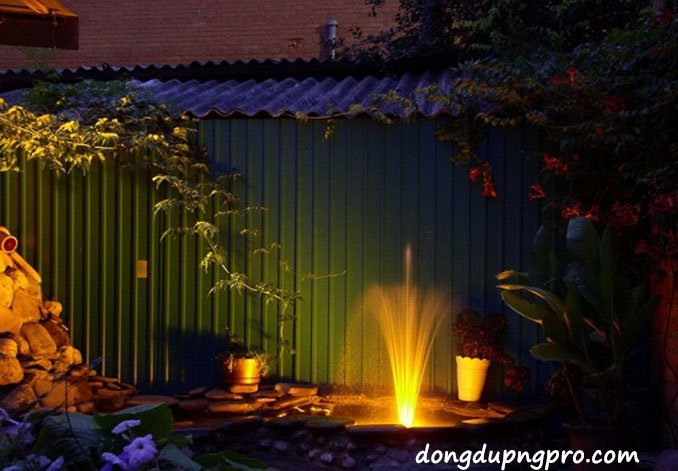 Đài phun nước kết hợp đèn led tạo ánh sáng lung linh về đêm