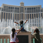 Vegas - Kids at Belagio