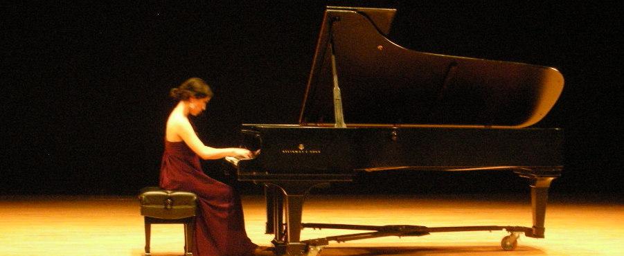 piano_teacher_evangeline_wong