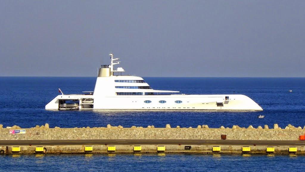 superyacht-a-side