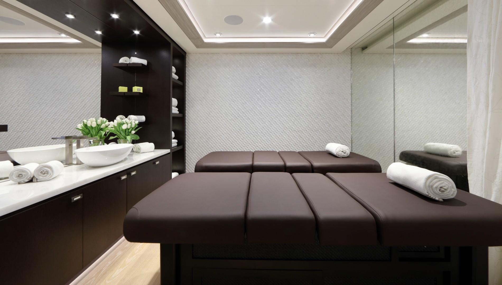 ulysses-massage-room