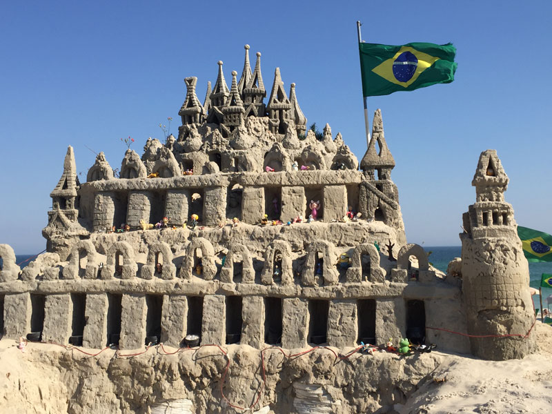 Sand Castle near the Kite Beach on my way in search of bike rentals.