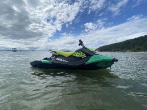 SPARK TRIXX Jet Ski