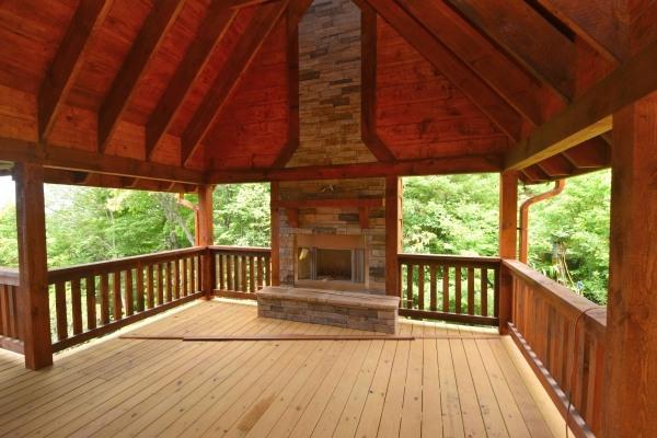 455-Wilderness-Creek-Way_Outdoor-Fireplace_08-05-2021