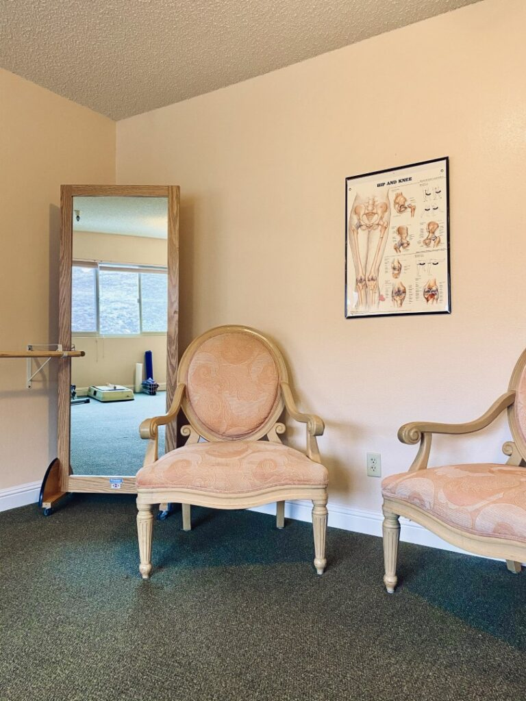 Casa de Flores Therapy Room (5)