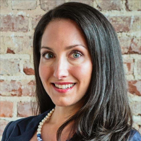 Angela Abraham headshot