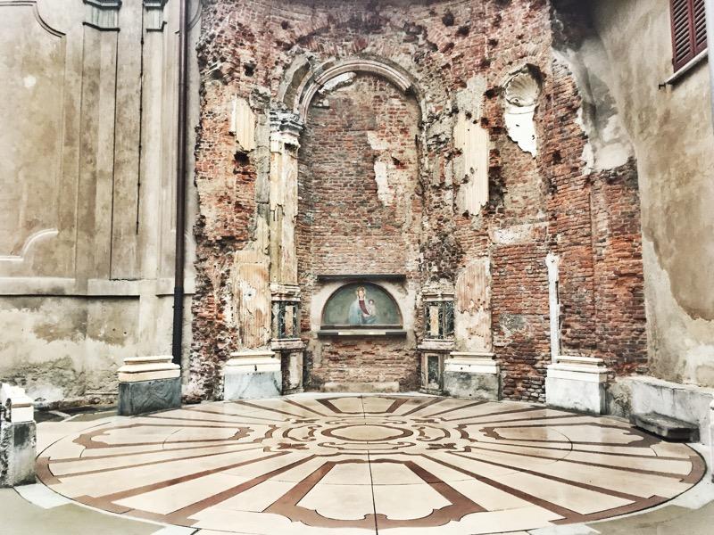 Madonna del Grembiule, a Milanese miracle