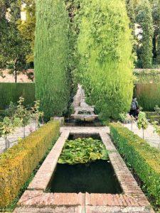 Alhambra tour Musement Generalife gardens pond