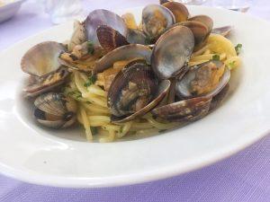 Food in Palermo Corona Trattoria spaghetti alle vongole