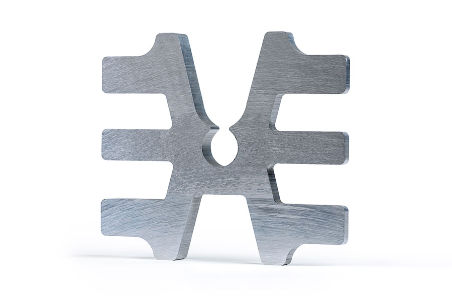 METAL PARTS FROM THE SAW DEPARTMENT