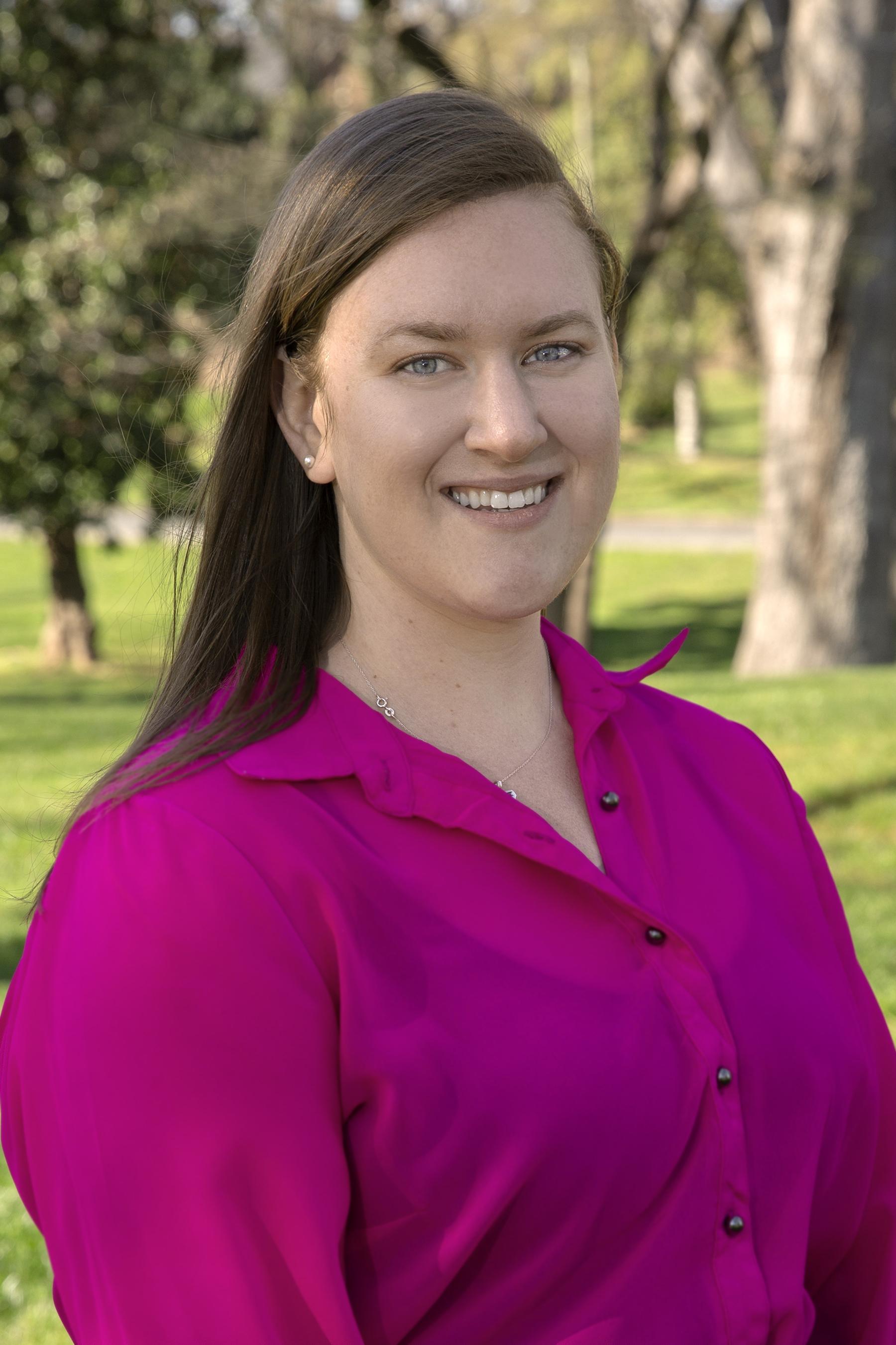 Claire Lechtenberg Headshot