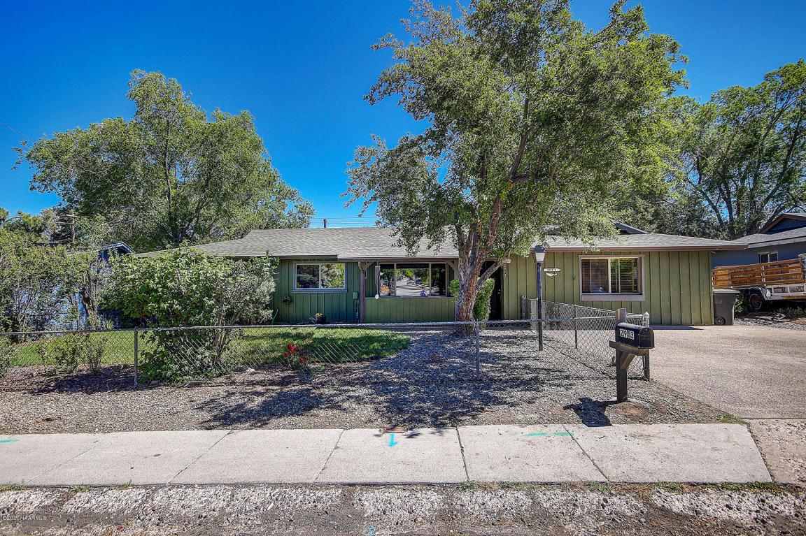 2913 E Lockett Rd – Sold!