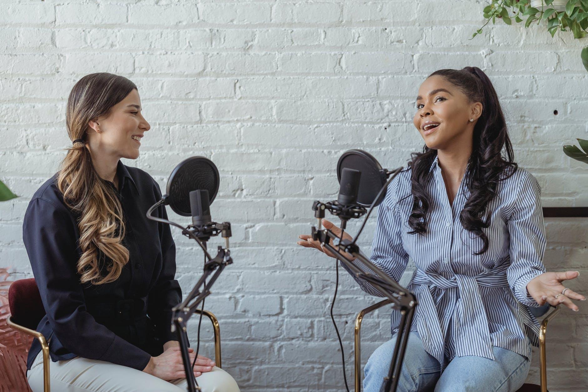 girls doing podcast