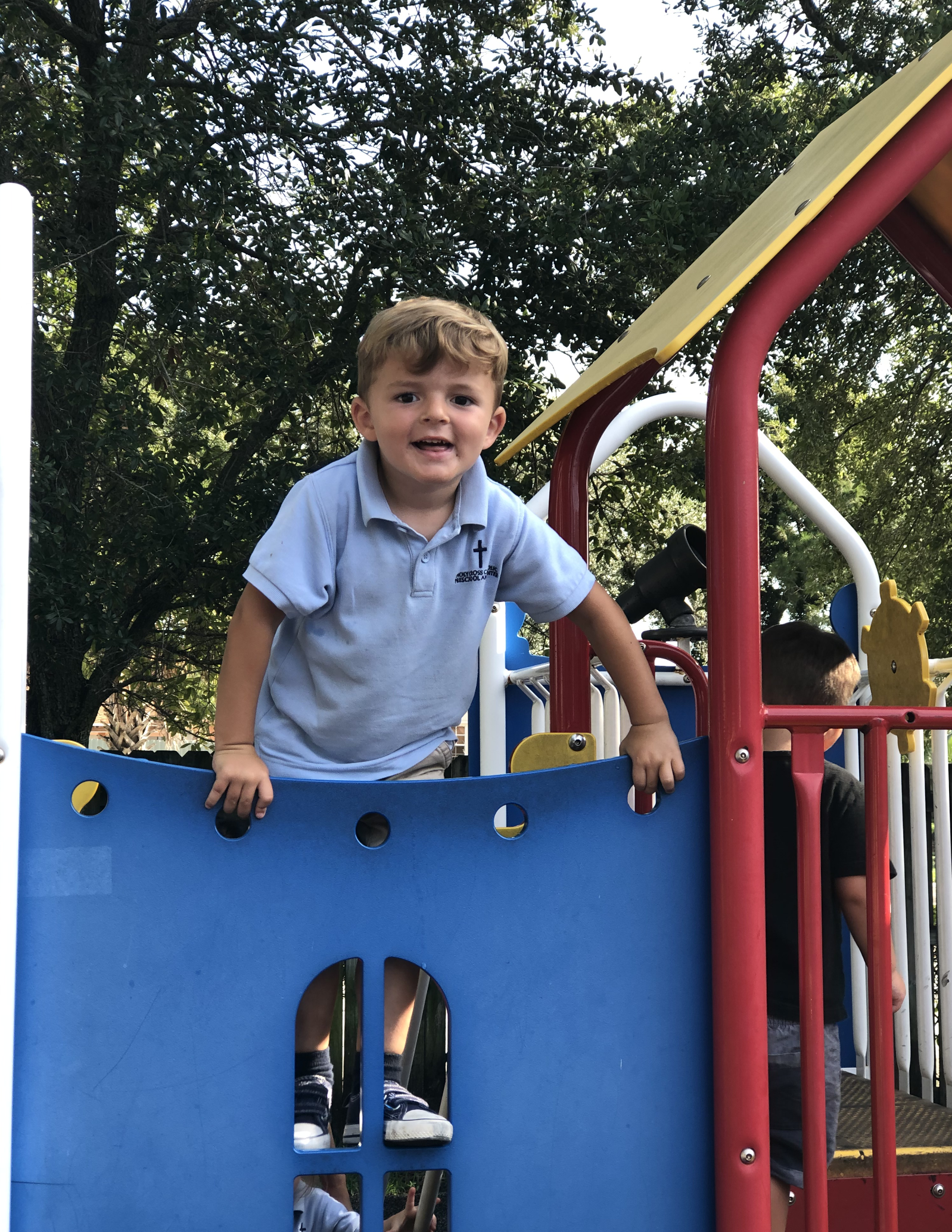 holycross-kid-in-playground