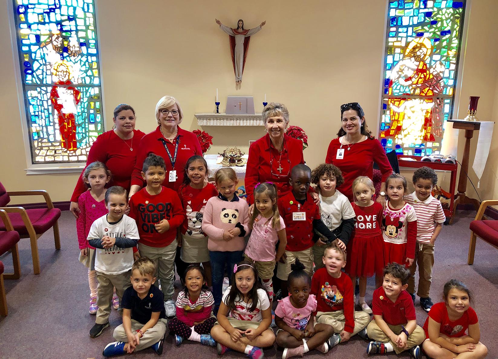 holycross-school-group-in-chapel