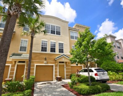 TH 33 Townhome 4 BED 3 BATH Near By Convention Center