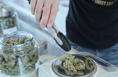 How Seed-to-Sale Technology is Helping Medical Marijuana Dispensaries