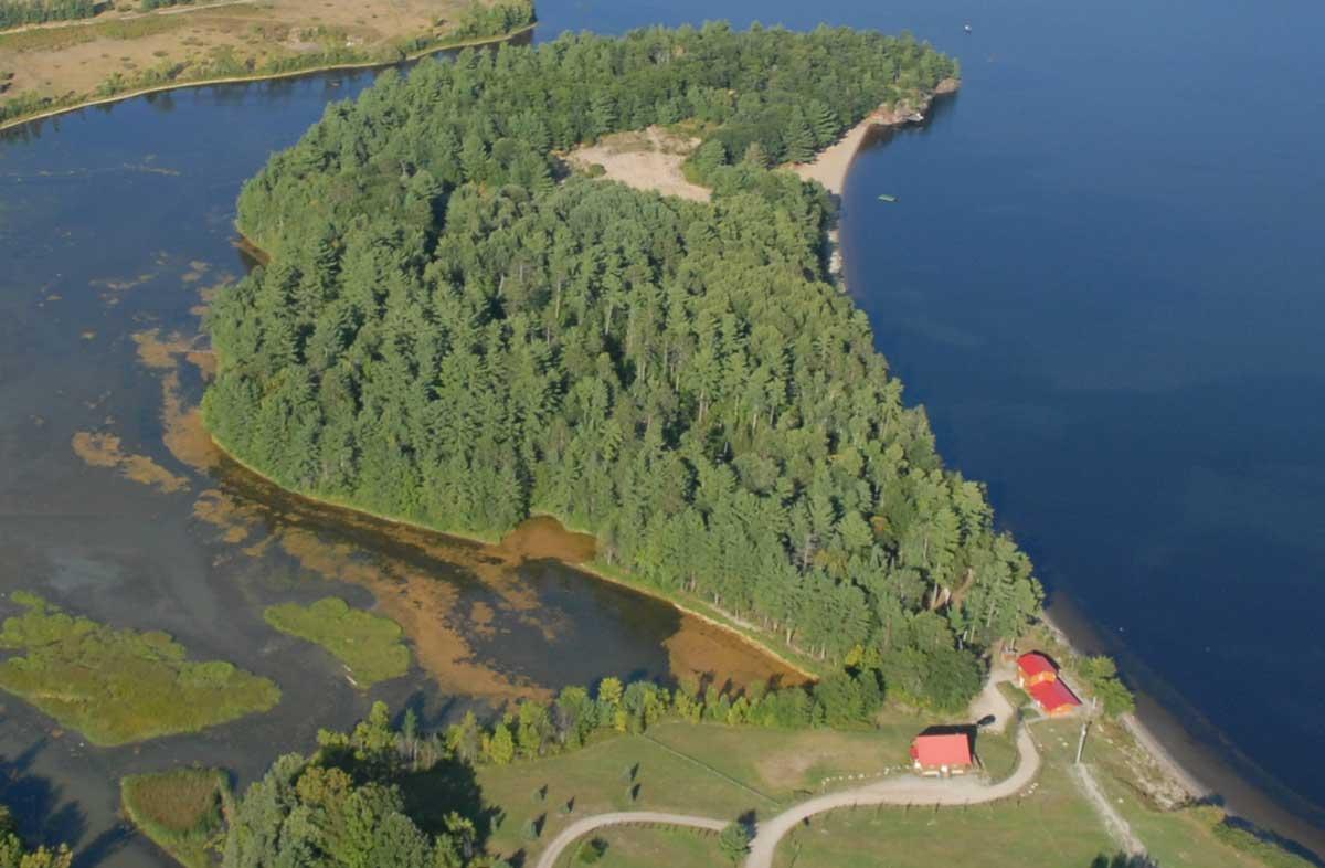 18 Acre Presqu'ile Point Estate Property