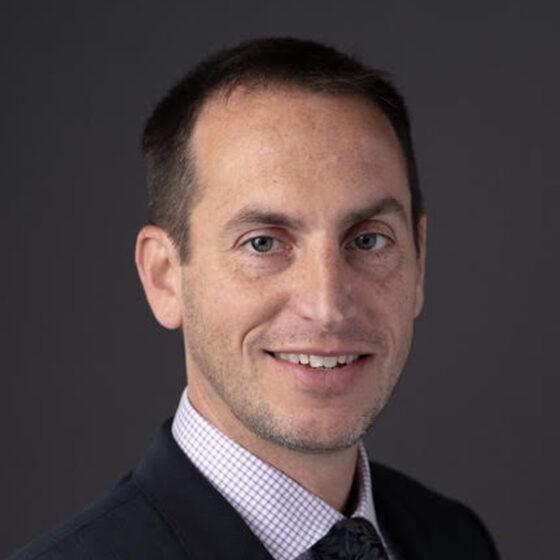 Dr Noah Spinowitz1