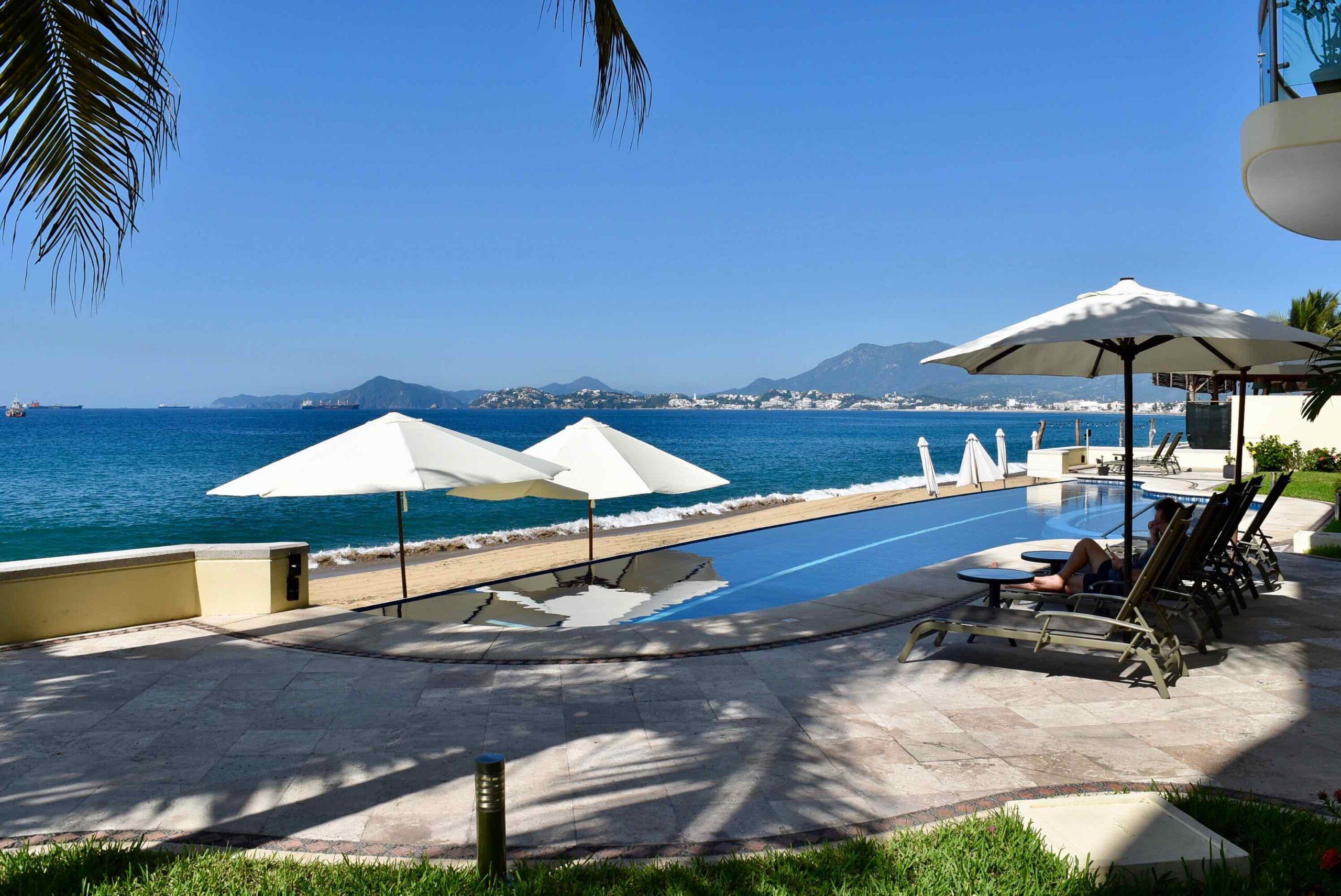 Oceanfront Perla del Mar condominium 202 for sale in Las Brisas community in Manzanillo, Mexico.