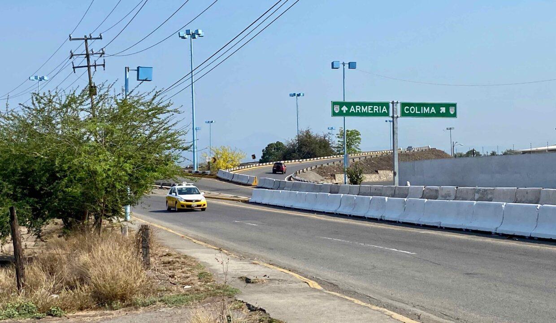 2 Avenida Entrada Tecoman  - 12