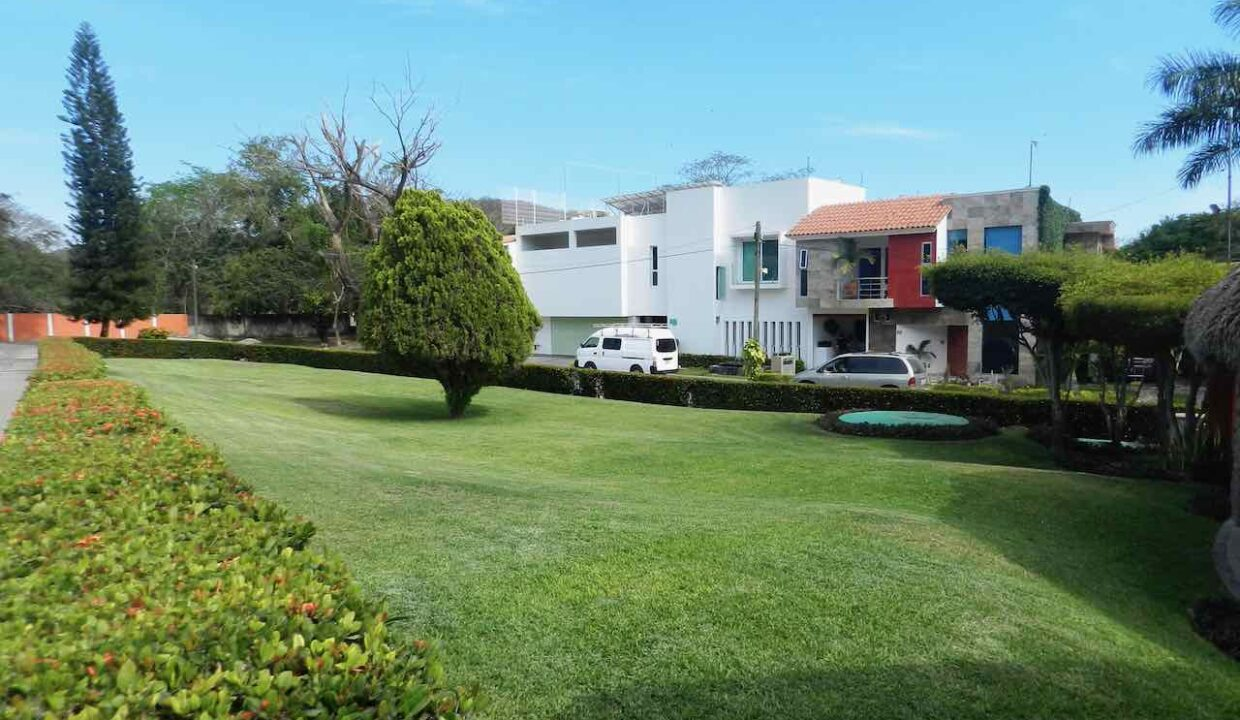 Lote Real del Country frente campo golf - 16