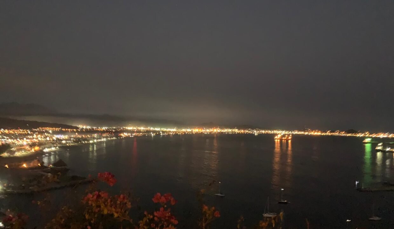 Vista hermosa nocturna