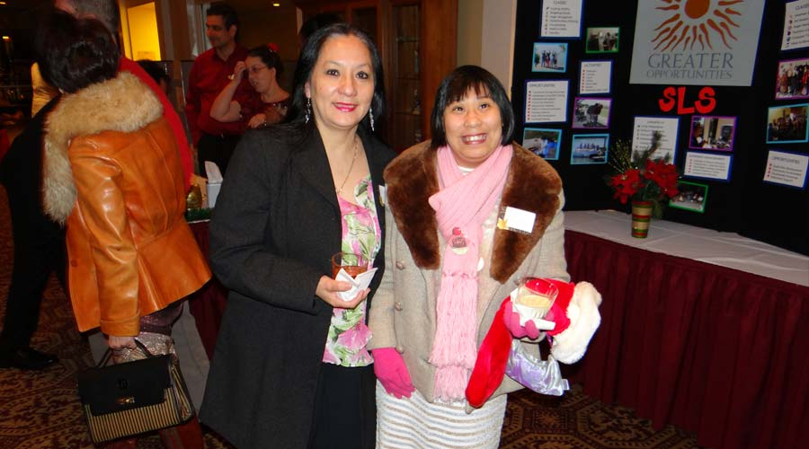 greater-opportunities-holiday-party-2012-8