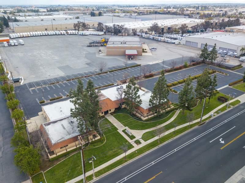 Jersey, Rancho Cucamonga (10801 Jersey Blvd, Rancho Cucamonga, CA)