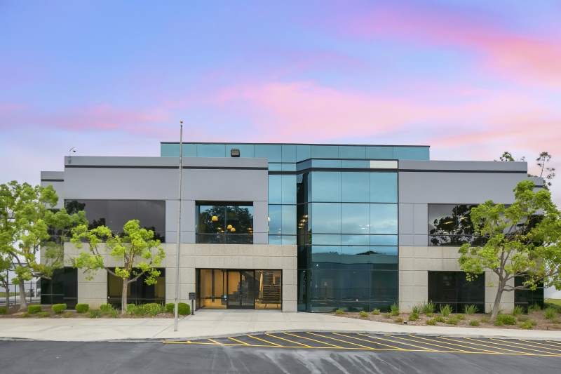 24903 Avenue Kearny, Santa Clarita – 214k SF Warehouse on +/-10 Acres, Large Office Newly Renovated