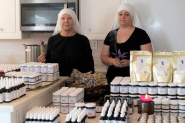 sisters and cbd products