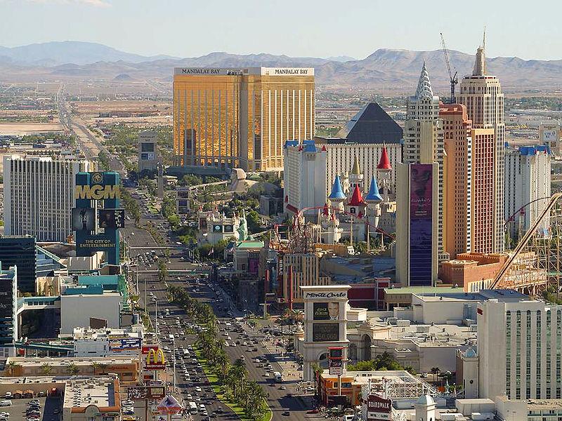 Las-Vegas-Strip-Total-Show-Technology