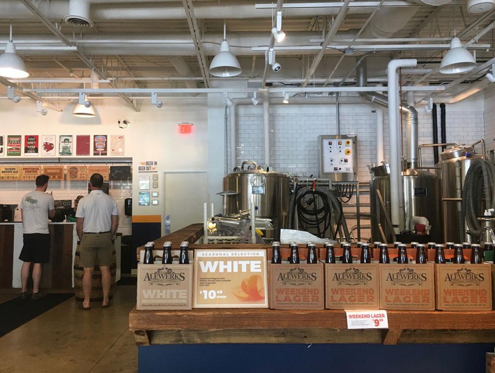 Virginia Peninsula Breweries Alwerks LAB Premium Outlets Mall Williamsburg Craft Brewery