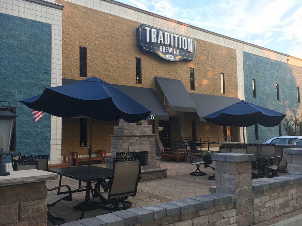 Virginia Peninsula Breweries Tradition Brewing Outside Seating Patio Newport News Craft Brewery