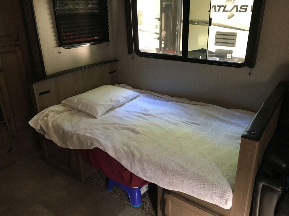 Dinette Made Into Bed Grand Design Transcend 28MKS