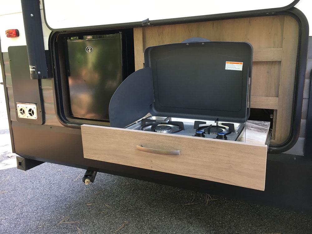RV Outside Kitchen Grand Design Transcend 28MKS