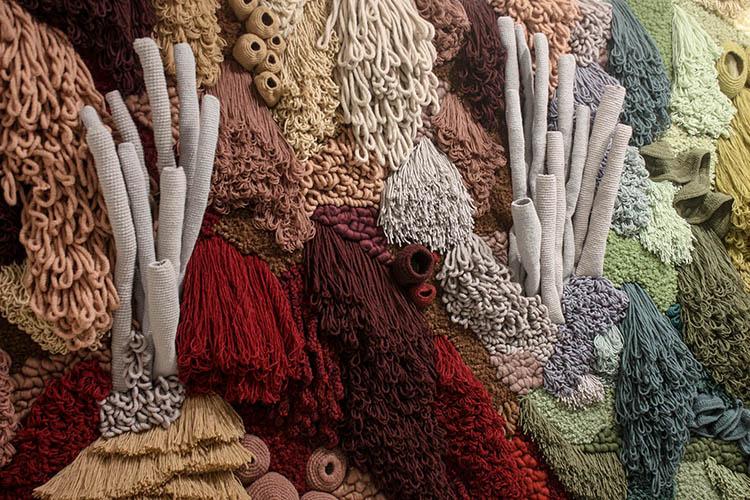 Beleza e incerteza: Vanessa Barragão chama atenção para a devastação dos corais