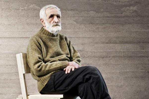 Morre Enzo Mari, mestre do design italiano