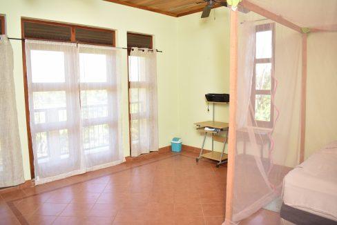 Nicaragua+Real+estate+Granada+Vista+lagos+Casa+Colorado (33)