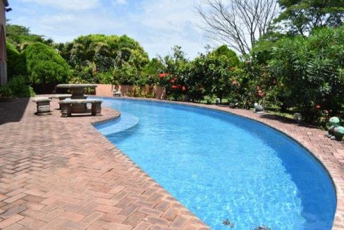 pool from right