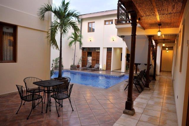 se-vende-hotel-granada-nicaragua (10)